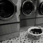 布団のカビはコインランドリーで回せば落とせる?洗える素材、洗えない素材は?
