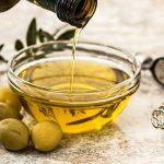 オリーブオイルは腐ると臭いがする?期限内でも使えなくなる場合がある?